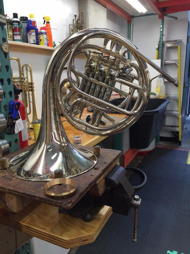 Horn in full form