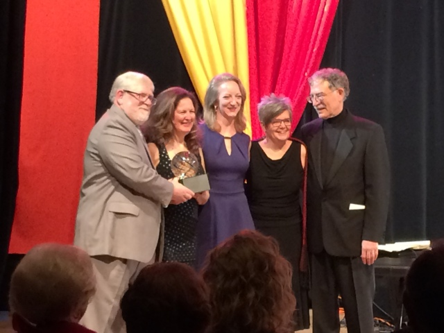 Awardees Ed and Maru Jane (left)