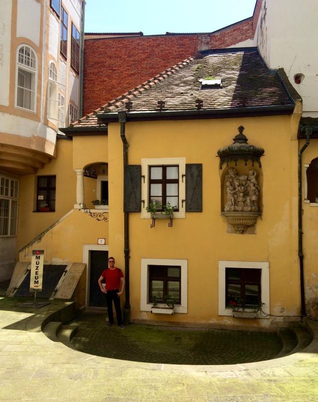 Hummel's house